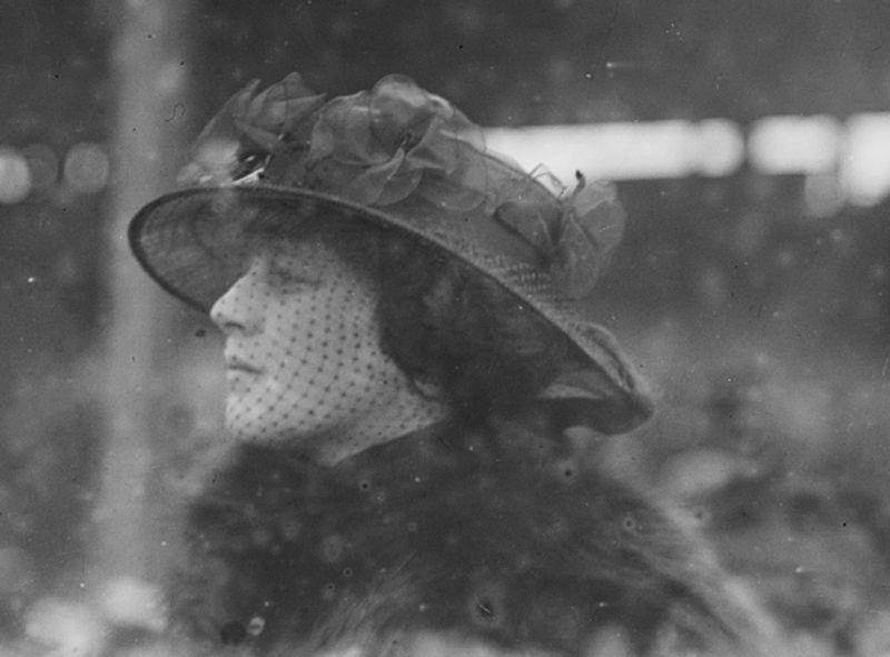 Мадлен в 1915 году