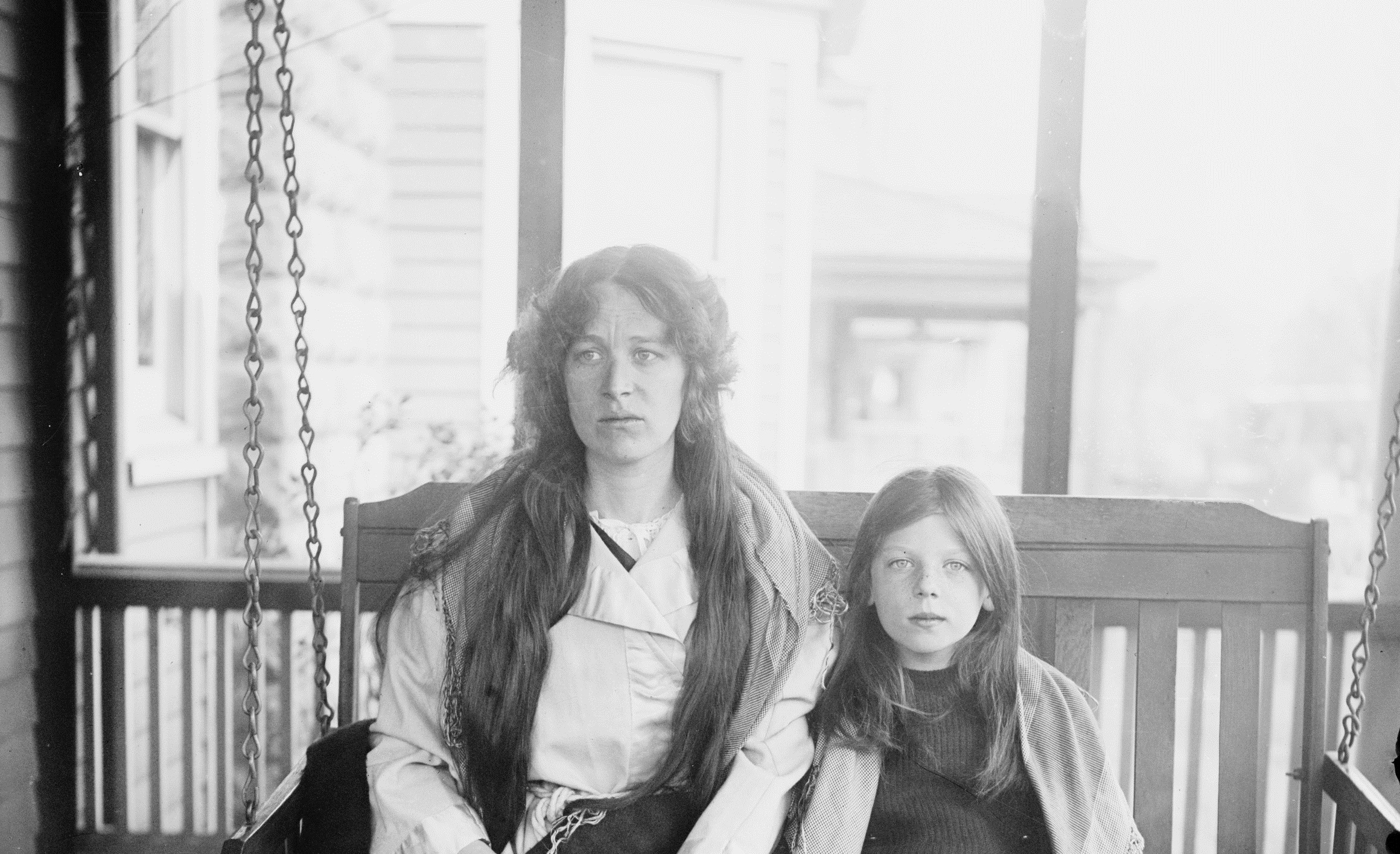 Charlotte-and-Marjorie-Collyer-Titanic-survivors-photo-loc