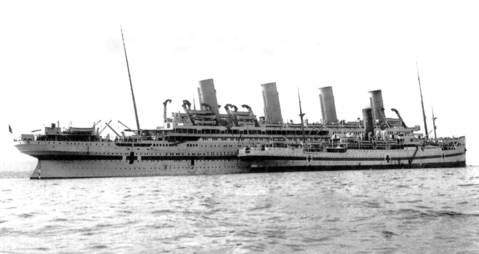 госпитальное судно Британник