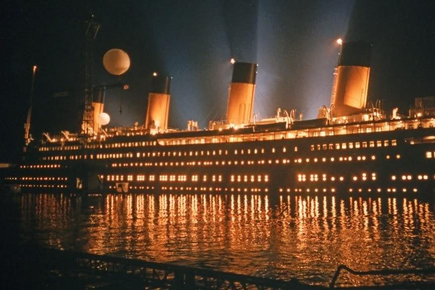 """Копия """"Титаника"""" из фильма 1997."""