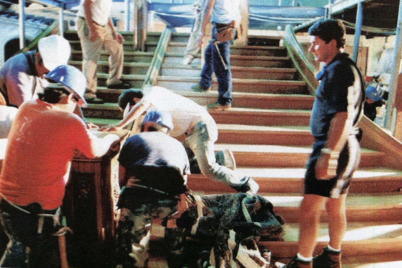 Строительство парадной лестницы для фильма.