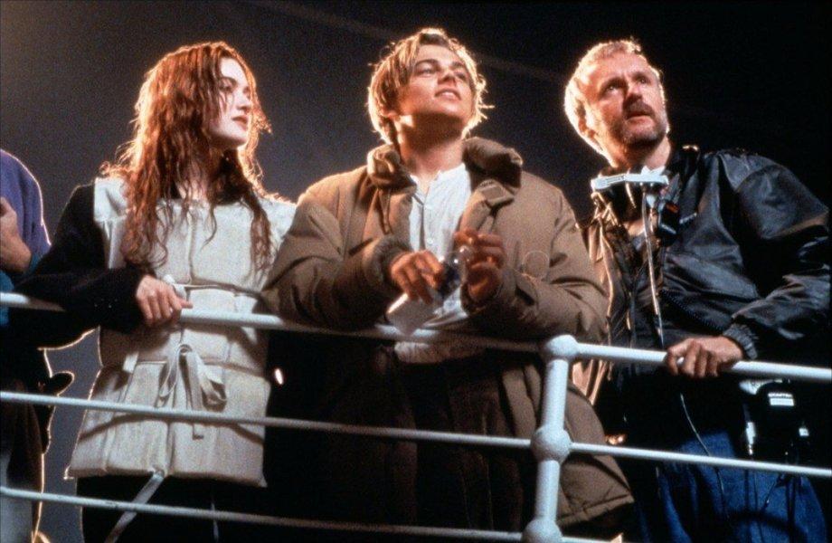 """Кейт, Лео и Джеймс на съёмках """"Титаника""""."""