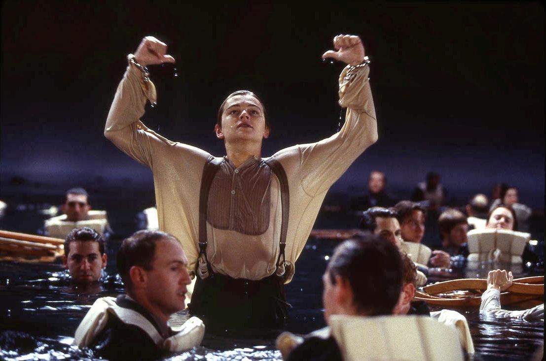 Леонардо ДиКаприо на съёмках финальных водных сцен.