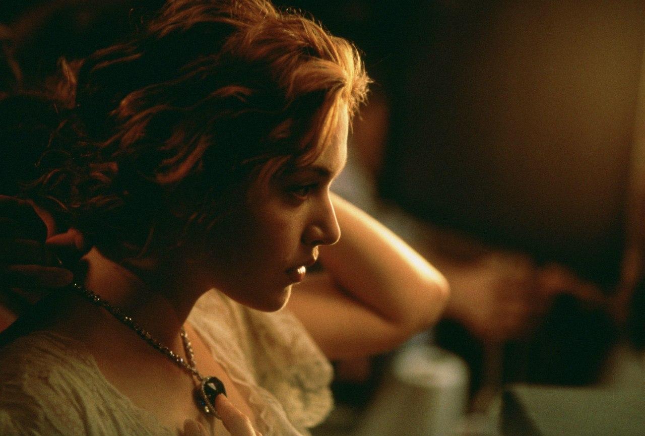 Кейт Уинслет в роли Роуз Дьюитт-Бьюкейтер.