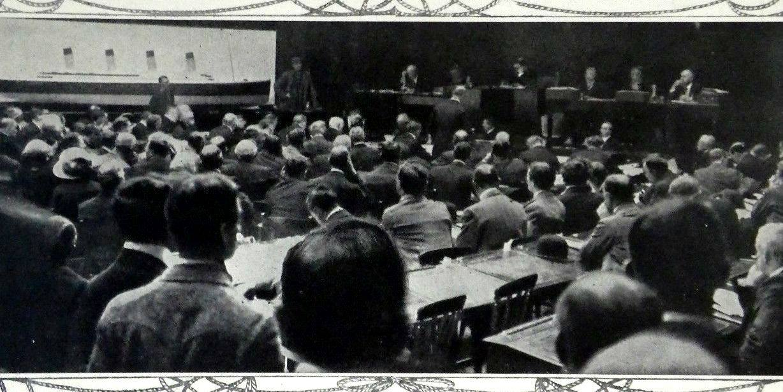 """Арчи Джуэлл дает показания на судебном слушании по делу гибели """"Титаника"""" в Британии."""