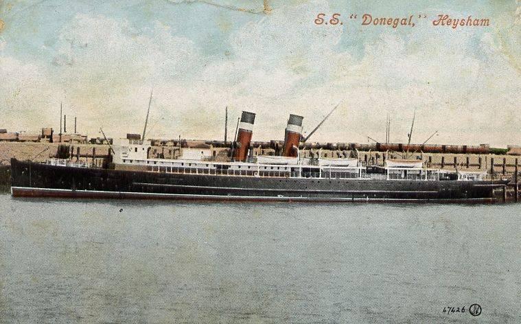 """Открытка с изображение парохода """"Donegal""""."""