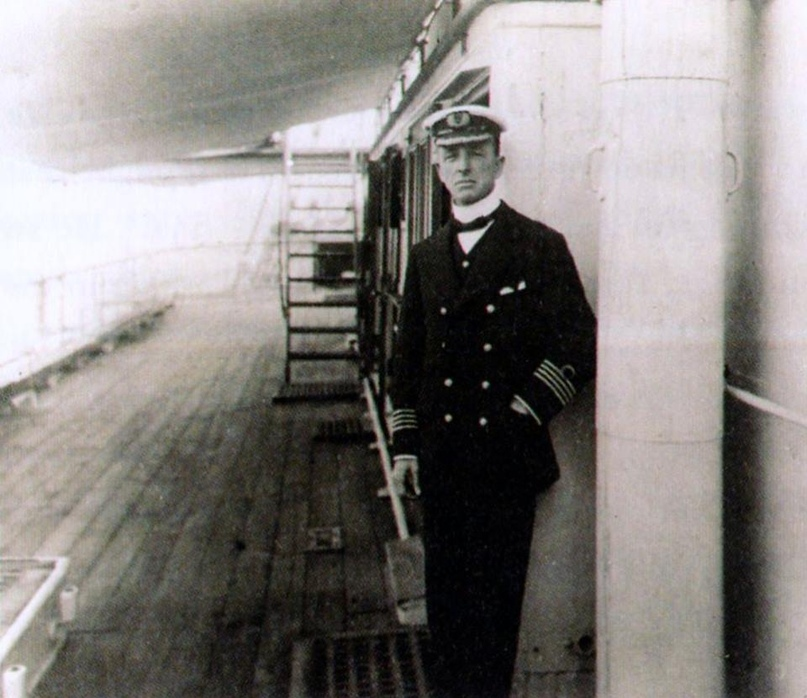 Капитан Стэнли Лорд на борту «Калифорниэна»