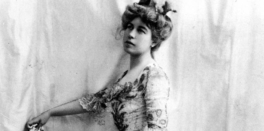 Molly- Brown